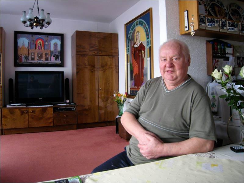 Erwin Sówka / emerytowany górnik, artysta malarz z Janowa na Śląsku / Katowice-Zawodzie 2011
