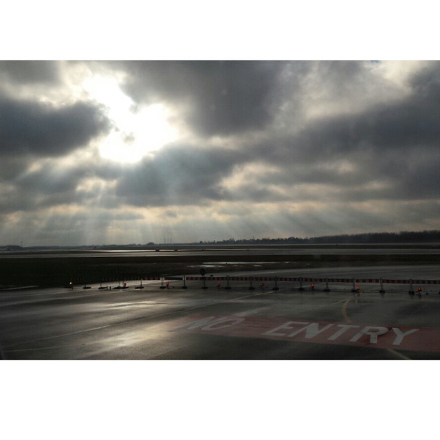 niebo, heaven, no entry, lotnisko okęcie