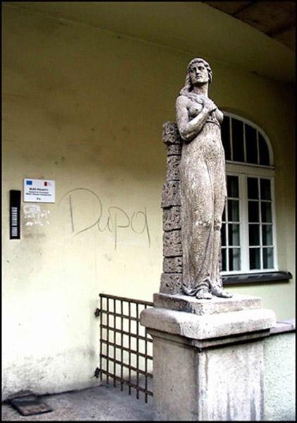 katowice, kochanowskiego, rzeźba, dupa