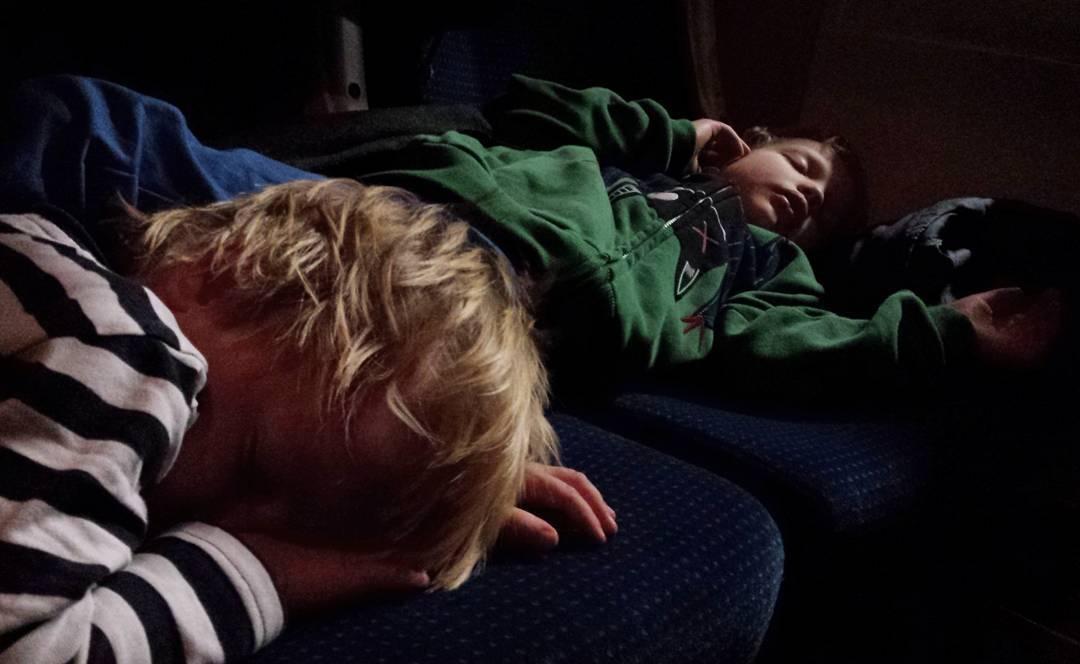 #dzieci #pkp #podróż #pociąg #trip #kids