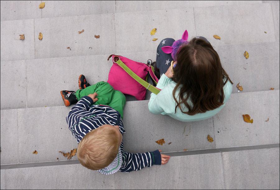 dzieci, schody, jesień, para